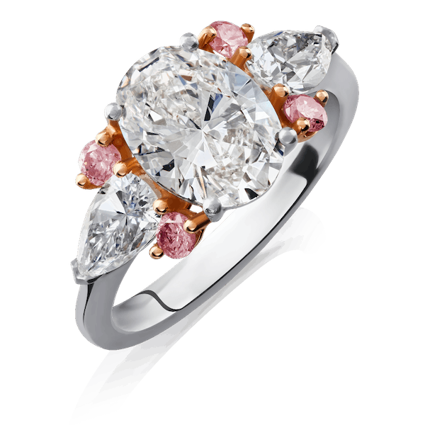 Oval Diamond Ring Set With Pink Diamonds